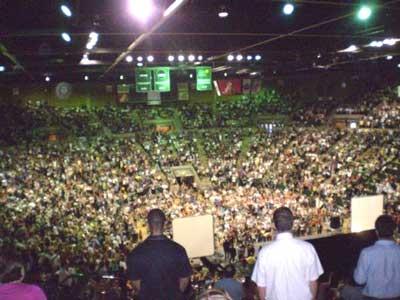 TB Crowd